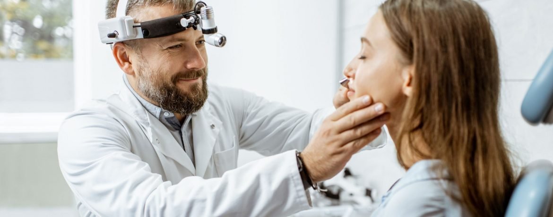 otorrinolaringólogo